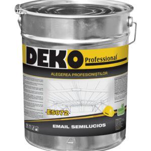 DEKO E5072 este un email satinat pentru protecția și finisarea elementelor interioare și exterioare din lemn și metal exploatate în condiții normale.