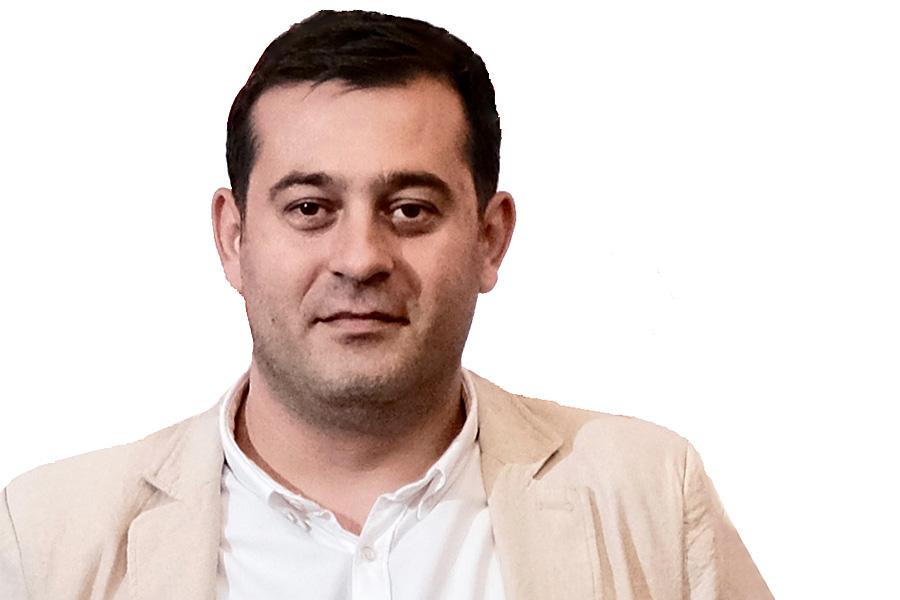 Cosmin Popescu - vopsele-tencuieli.ro